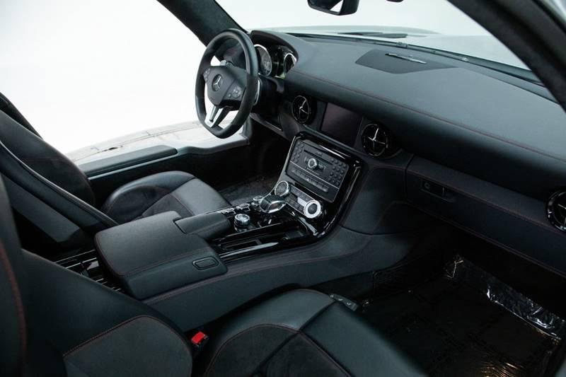2013 Mercedes-Benz SLS AMG 21