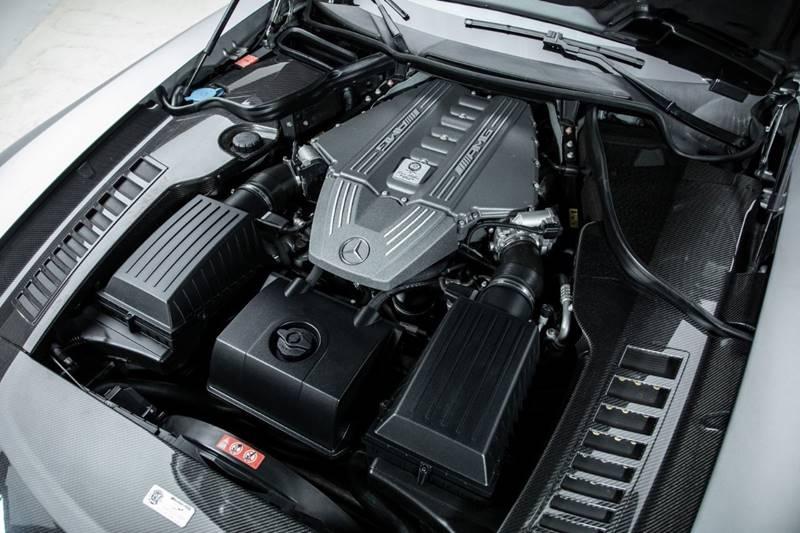 2013 Mercedes-Benz SLS AMG 24
