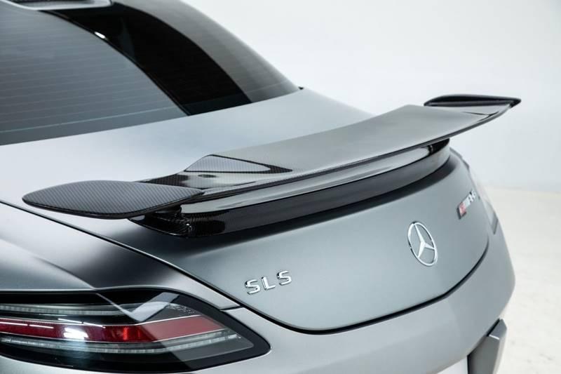 2013 Mercedes-Benz SLS AMG 31