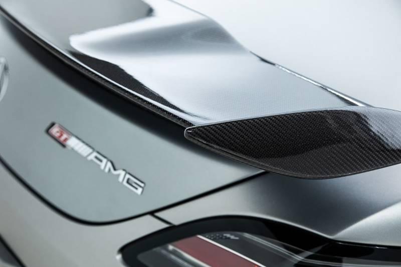 2013 Mercedes-Benz SLS AMG 33