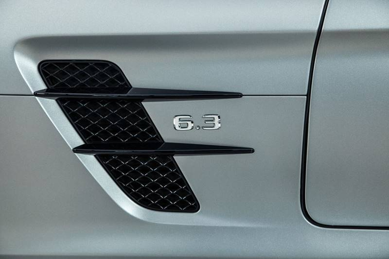 2013 Mercedes-Benz SLS AMG 37
