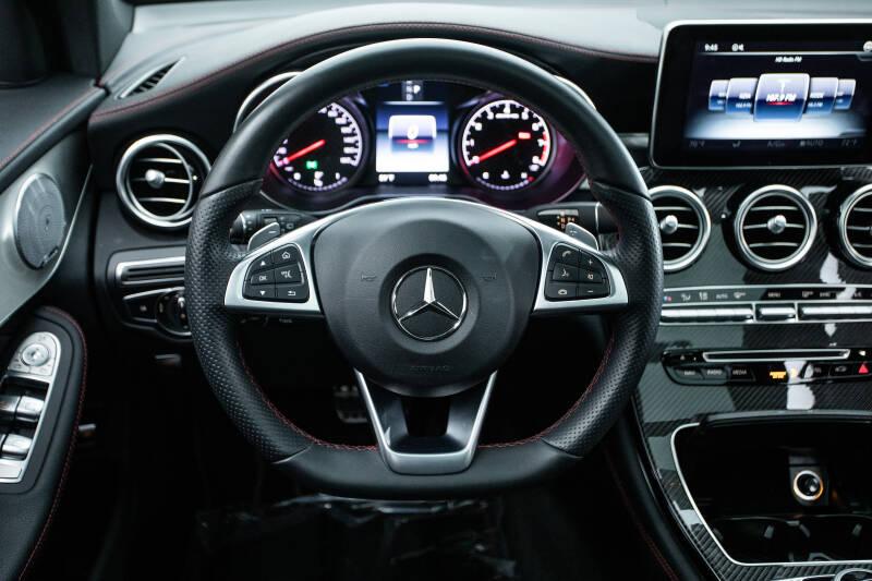 2018 Mercedes-Benz GLC 12
