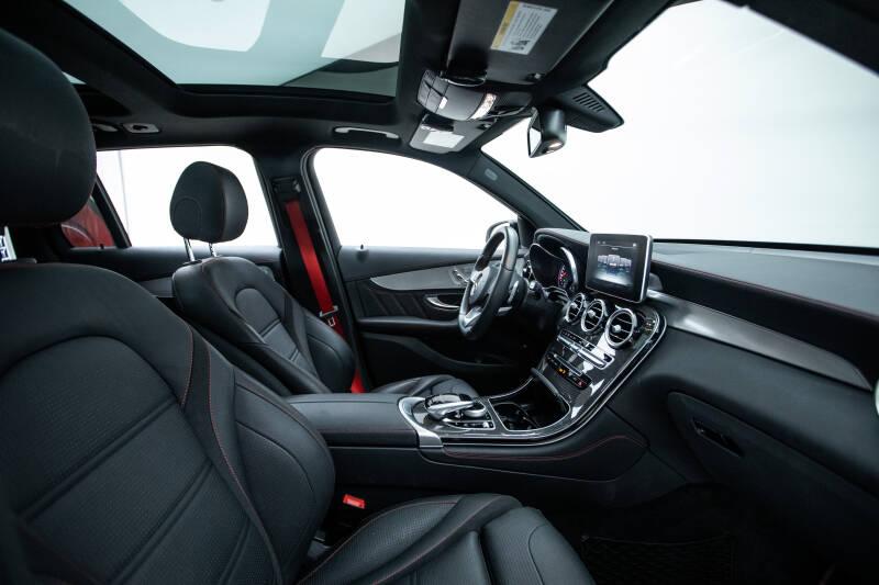 2018 Mercedes-Benz GLC 17
