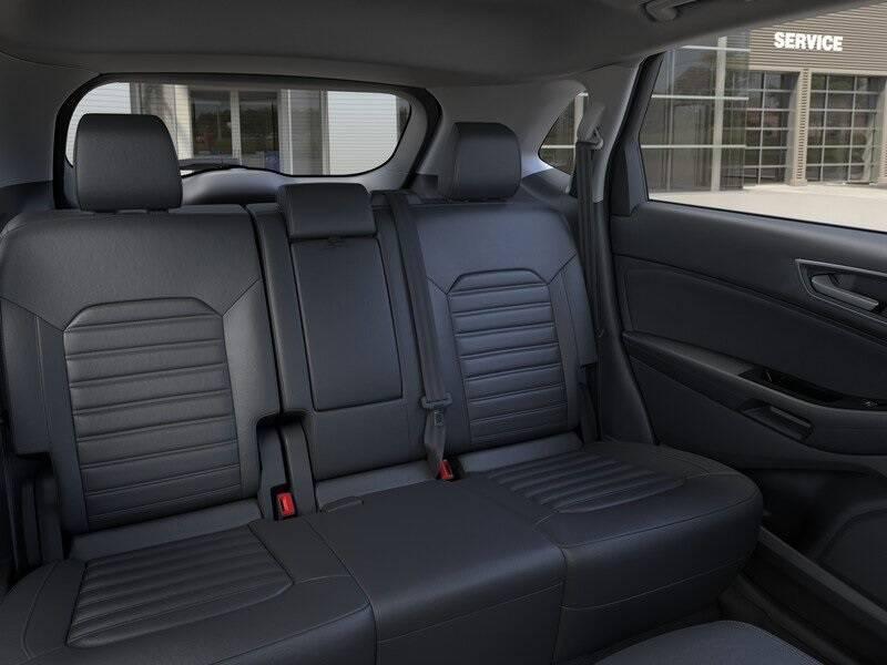 2020 Ford Edge SEL (image 11)