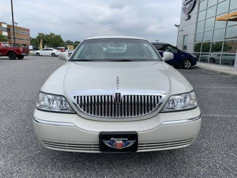 2005 Lincoln Town Car for sale at King Motors featuring Chris Ridenour in Martinsburg WV