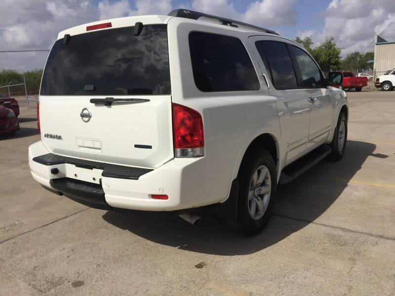 2012 Nissan Armada SV (image 4)