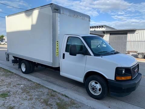 2017 GMC Savana Cutaway 3500 for sale at Blue Collar Van & Truck Sales in Miami FL