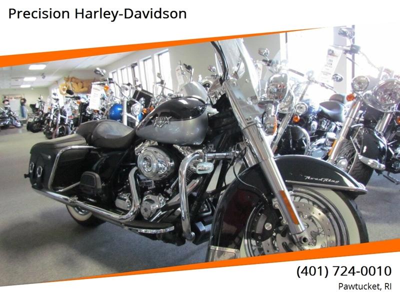 2012 Harley-Davidson Road King Classic FLHRC