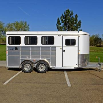 2021 Maverick 3 Horse Lite Deluxe for sale at Mountain View Sales in Lolo MT