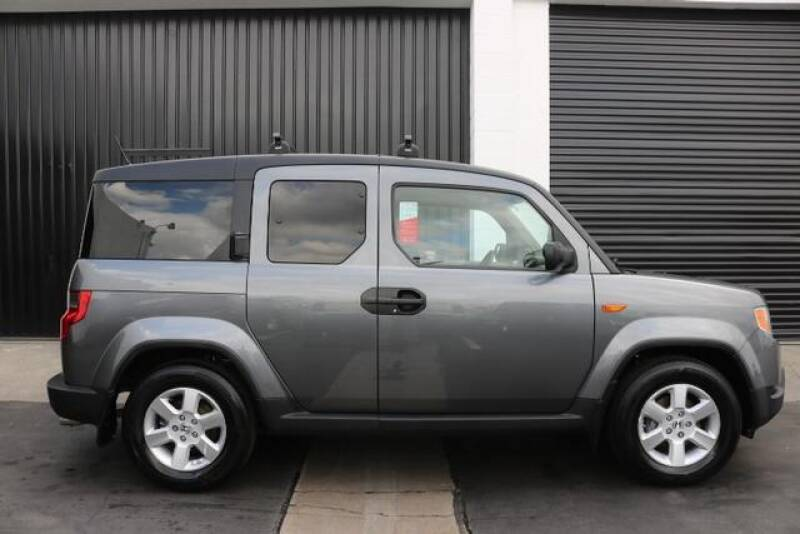 2010 Honda Element EX (image 1)