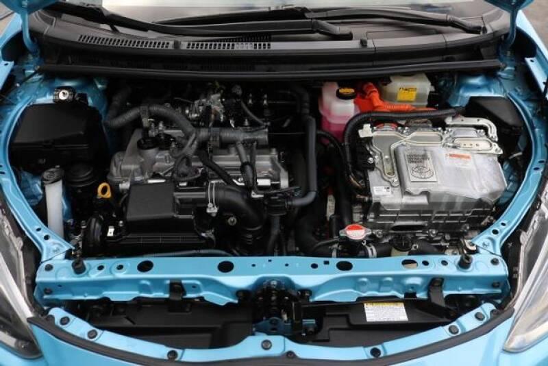 2015 Toyota Prius c Two (image 30)