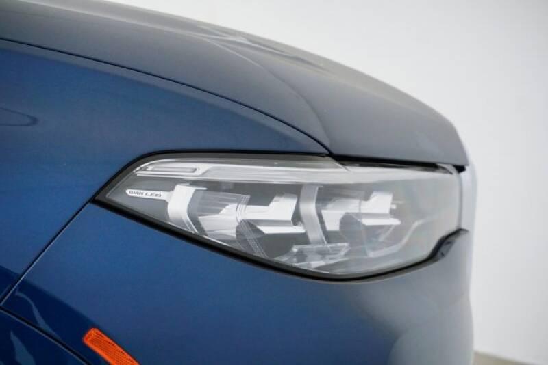 2020 BMW X7 xDrive40i (image 46)