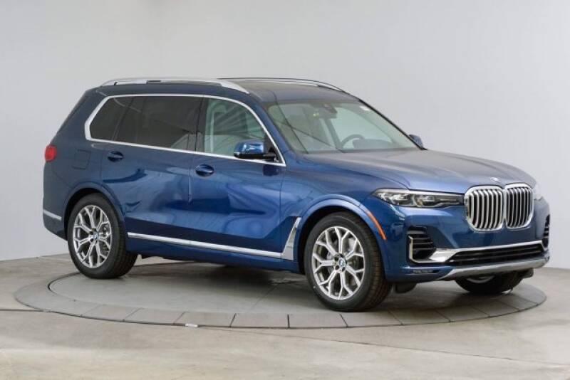 2020 BMW X7 xDrive40i (image 7)