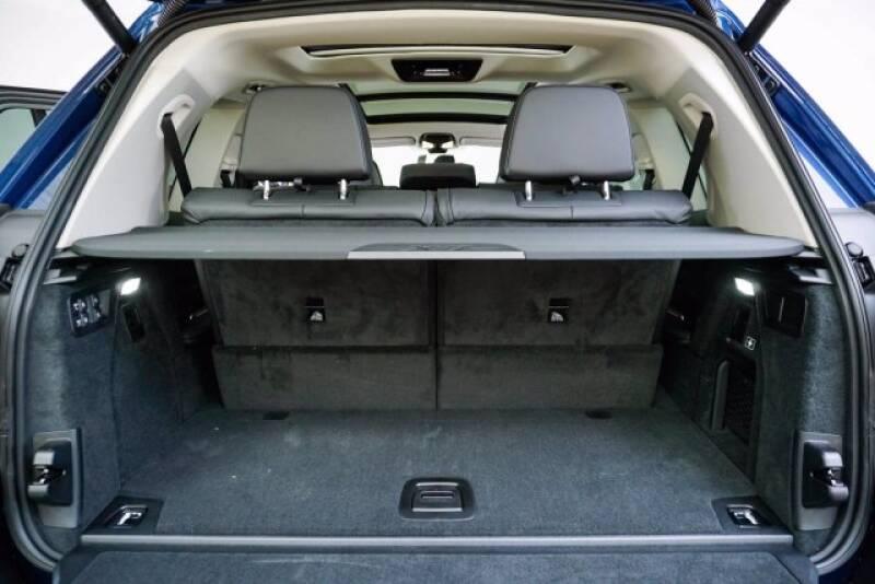 2020 BMW X7 xDrive40i (image 38)