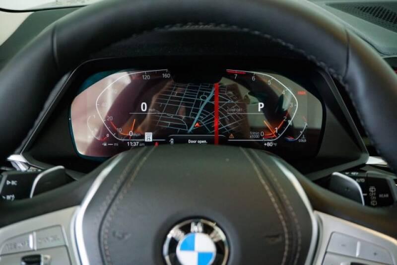 2020 BMW X7 xDrive40i (image 14)
