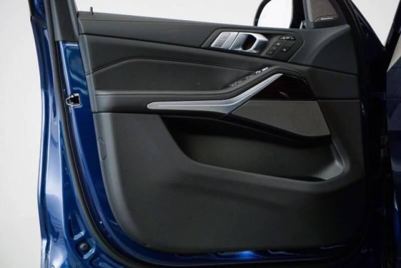 2020 BMW X7 xDrive40i (image 36)