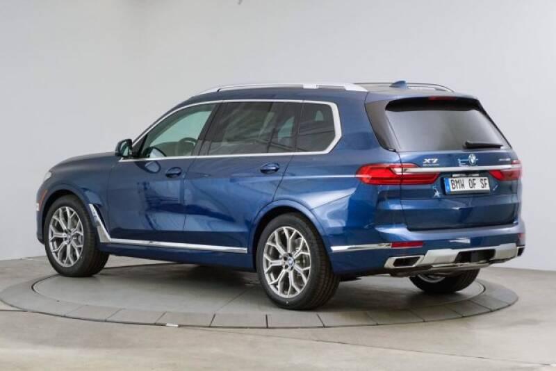 2020 BMW X7 xDrive40i (image 3)
