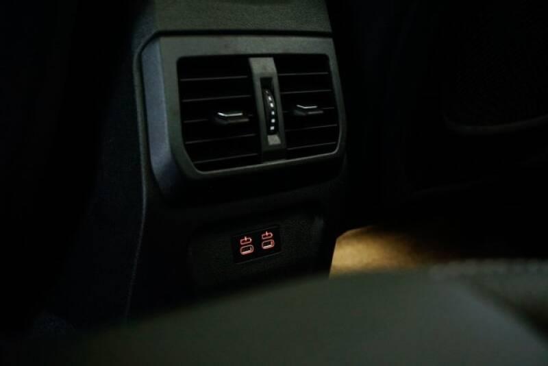 2020 BMW 2 Series M235i xDrive Gran Coupe (image 30)
