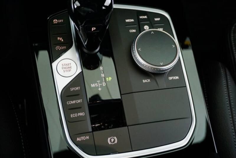2020 BMW 2 Series M235i xDrive Gran Coupe (image 20)