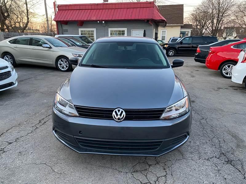 2011 Volkswagen Jetta (image 2)