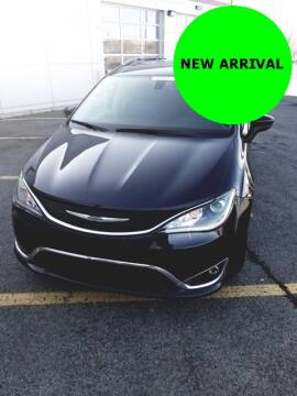 2019 Chrysler Pacifica Touring L Plus for sale at Fuccillo Toyota of Grand Island in Grand Island NY