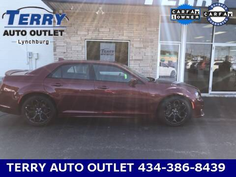 2020 Chrysler 300 for sale at Terry Auto Outlet in Lynchburg VA