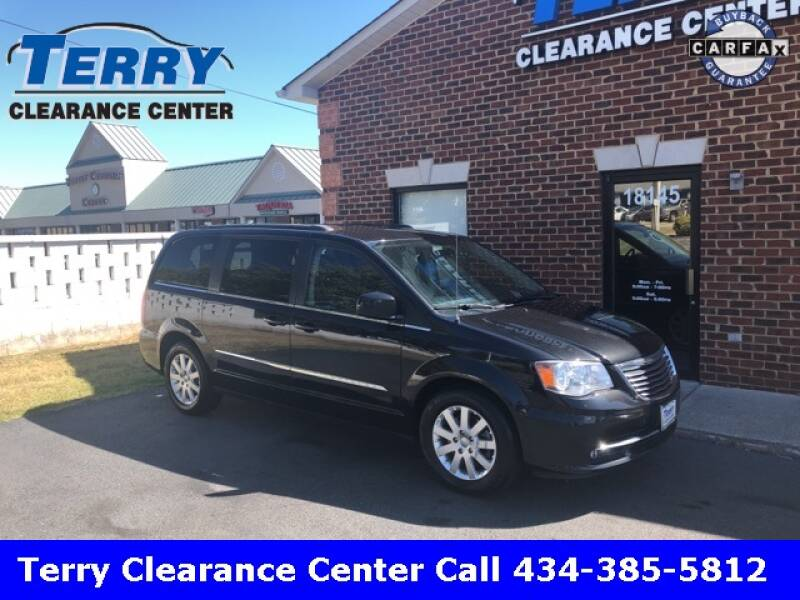 2016 Chrysler Town and Country for sale at Terry Clearance Center in Lynchburg VA