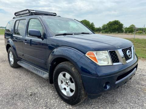 2006 Nissan Pathfinder for sale at Collins Auto Sales in Waco TX