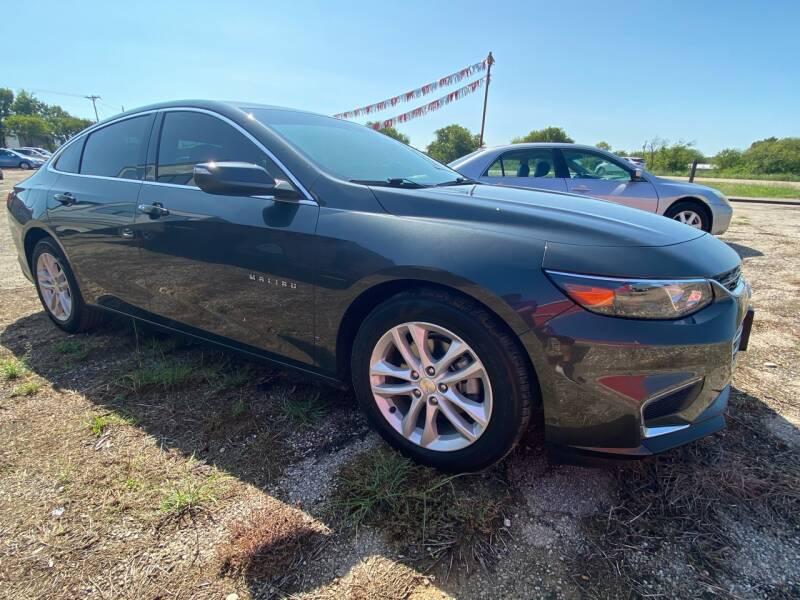2018 Chevrolet Malibu for sale at Collins Auto Sales in Waco TX
