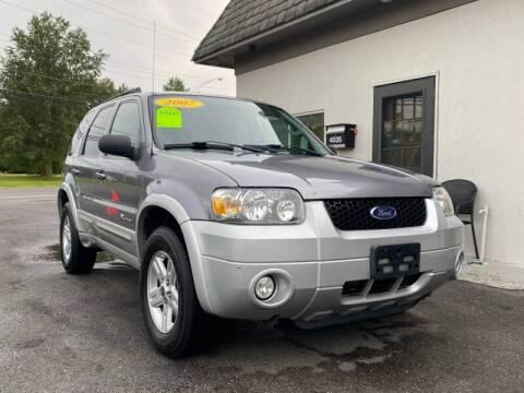 2007 Ford Escape Hybrid for sale at Vantage Auto Group Tinton Falls in Tinton Falls NJ