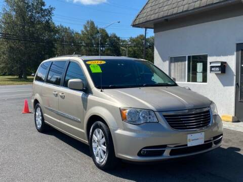 2014 Chrysler Town and Country for sale at Vantage Auto Group Tinton Falls in Tinton Falls NJ