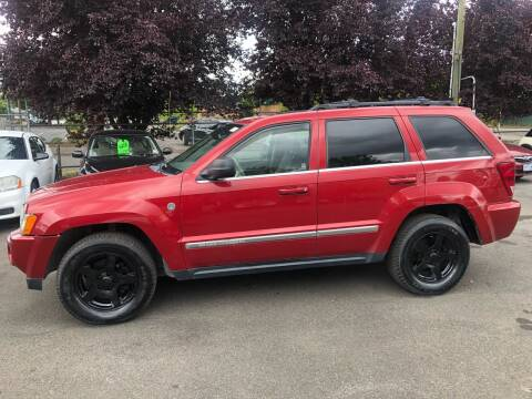 2005 Jeep Grand Cherokee for sale at Blue Line Auto Group in Portland OR