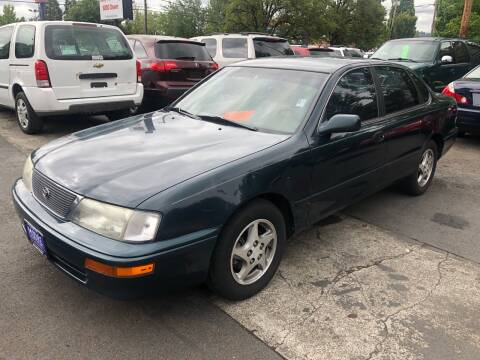 1997 Toyota Avalon for sale at Blue Line Auto Group in Portland OR