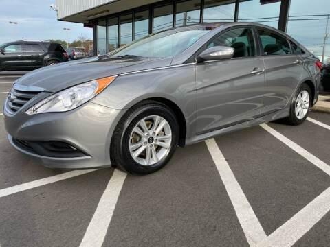 2014 Hyundai Sonata for sale at Greenville Motor Company in Greenville NC
