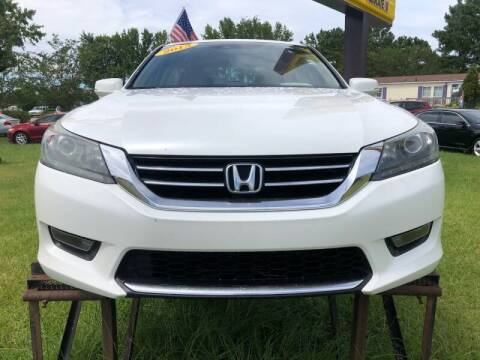 2015 Honda Accord for sale at Greenville Motor Company in Greenville NC