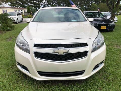 2013 Chevrolet Malibu for sale at Greenville Motor Company in Greenville NC