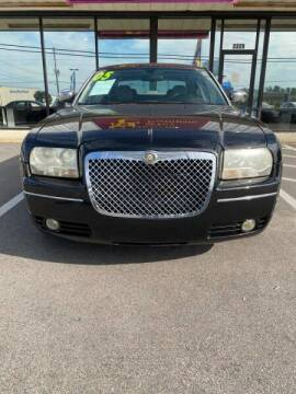 2005 Chrysler 300 for sale at Greenville Motor Company in Greenville NC