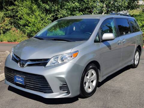 2018 Toyota Sienna for sale at Halo Motors in Bellevue WA