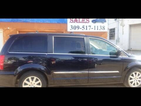 2011 Chrysler Town and Country for sale at Ali Auto Sales in Moline IL