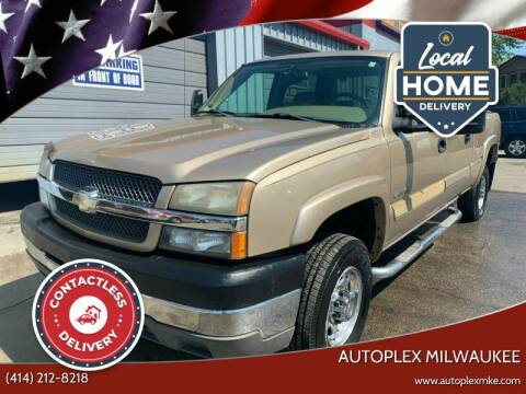 2004 Chevrolet Silverado 2500HD for sale at Autoplex 2 in Milwaukee WI
