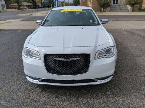 2019 Chrysler 300 for sale at Lewis Chevrolet Buick Cadillac of Liberal in Liberal KS