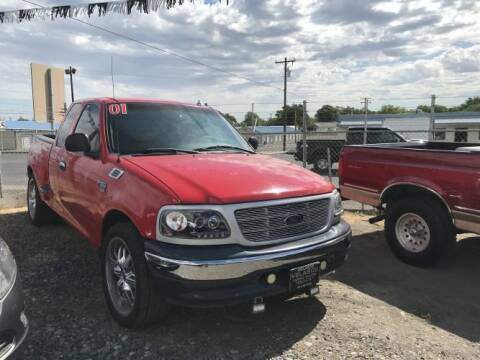 2001 Ford F-150 for sale at Velascos Used Car Sales in Hermiston OR