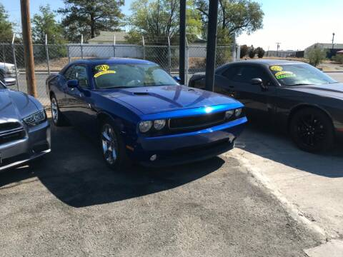 2012 Dodge Challenger for sale at Velascos Used Car Sales in Hermiston OR