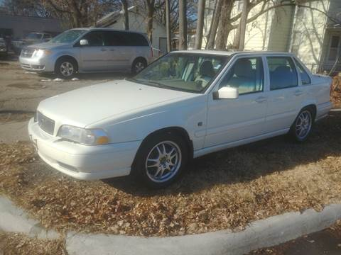 2000 Volvo S70 for sale at D & D Auto Sales in Topeka KS