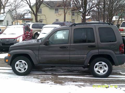 2006 Jeep Liberty for sale at D & D Auto Sales in Topeka KS