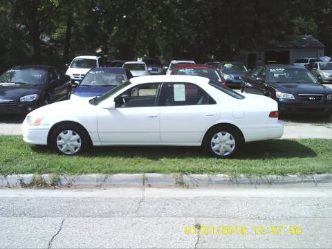 2000 Toyota Camry for sale at D & D Auto Sales in Topeka KS