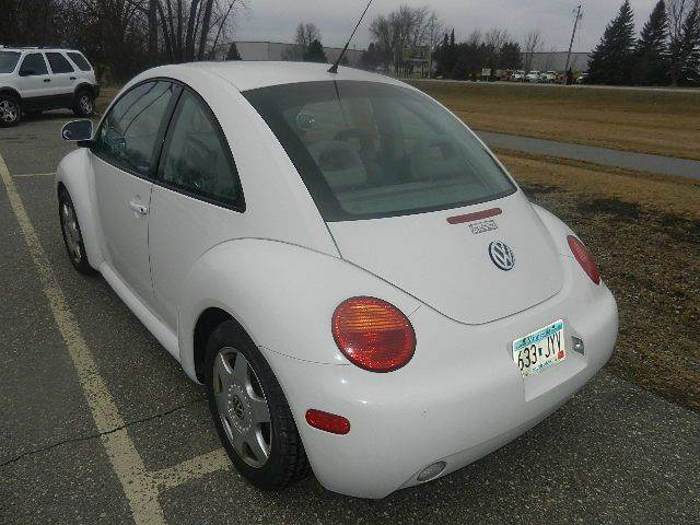 1998 Volkswagen New Beetle Base 2dr Coupe - Hutchinson MN