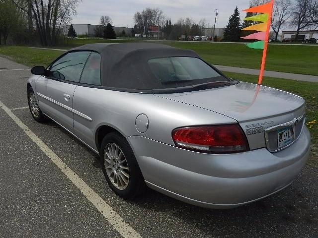 2004 Chrysler Sebring LXi 2dr Convertible - Hutchinson MN