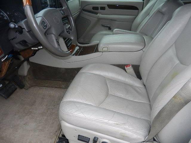 2003 Cadillac Escalade AWD 4dr SUV - Hutchinson MN