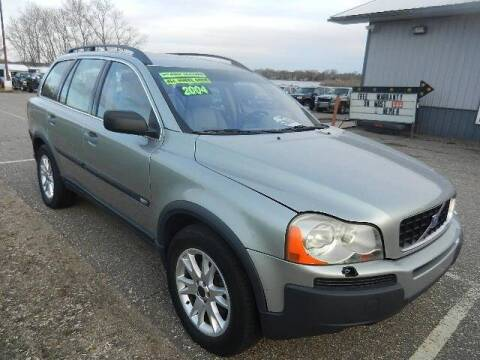 2004 Volvo XC90 for sale at Dales Auto Sales in Hutchinson MN